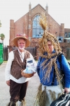 Strawboys at Galveston\'s Dickens on the Strand